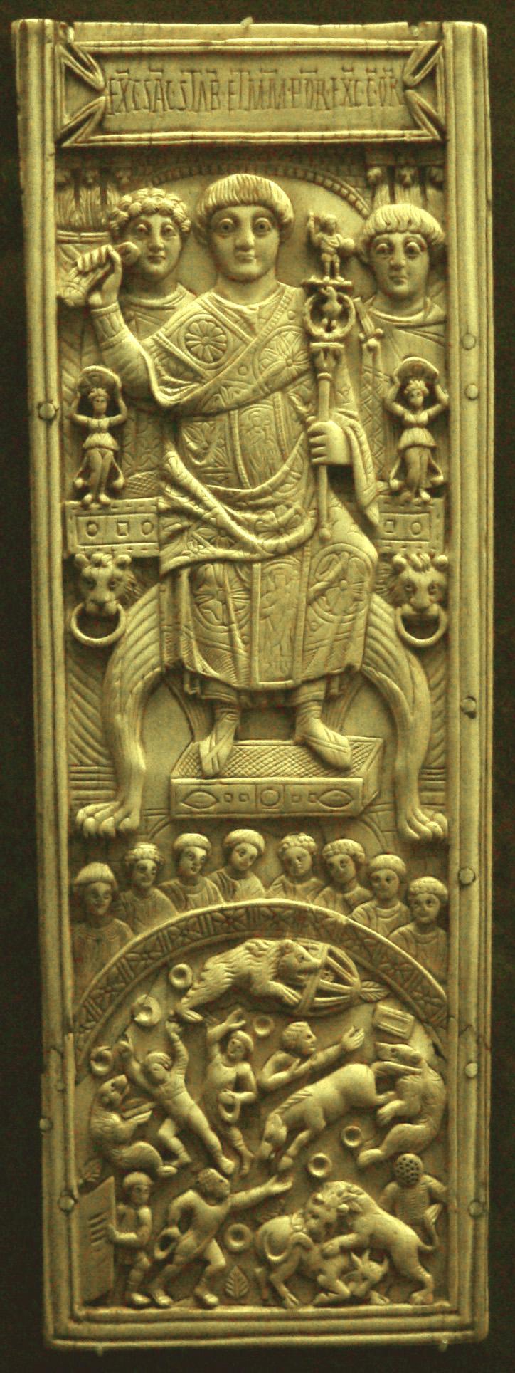 Консул Ареобиндий председательствует на играх. Пластина из слоновой кости. 506 год,