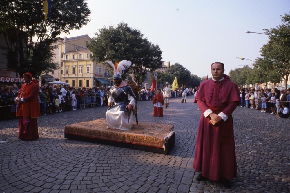Celebrazioni_Pichiane_1994_-_Papa_Giulio_II.jpg